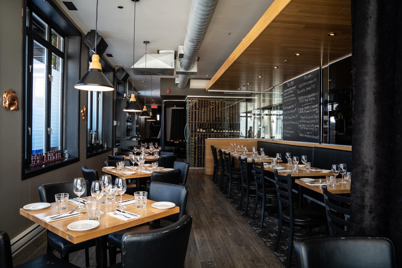 Restaurant Impérial, bonne table, famille, couple, plaisir, frites, cornichons