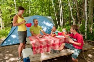 yam-09-camping