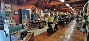 Exposition et vente d'antiquité Eastman